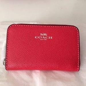 *NWT*Coach Zip Around Coin Case Bright Red/Silver